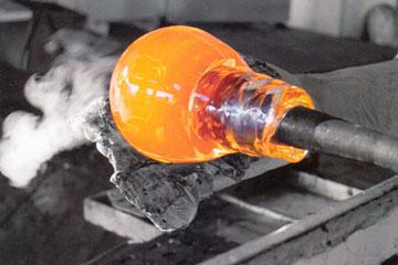 Como e fabricado o vidro