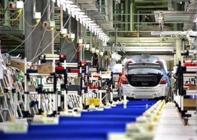 Queda na producao e demanda reflete crise na industria automobilistica